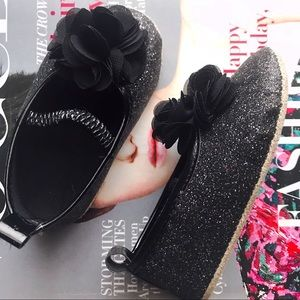 Other - Black glitter infant shoes